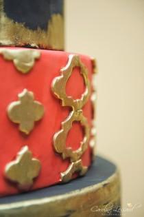 wedding photo - Red black and gold wedding cake