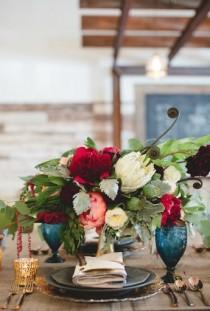 wedding photo - Gorgeous Centerpiece