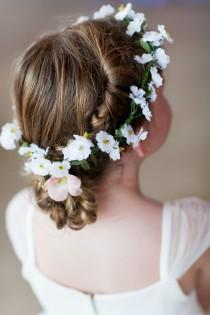 wedding photo -  Flower girls hair style