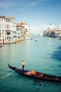 wedding photo - Wonderful Gondola Ride in Italy
