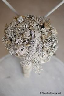 wedding photo - Simply Unique's Blog: Vintage Brooch Bouquet