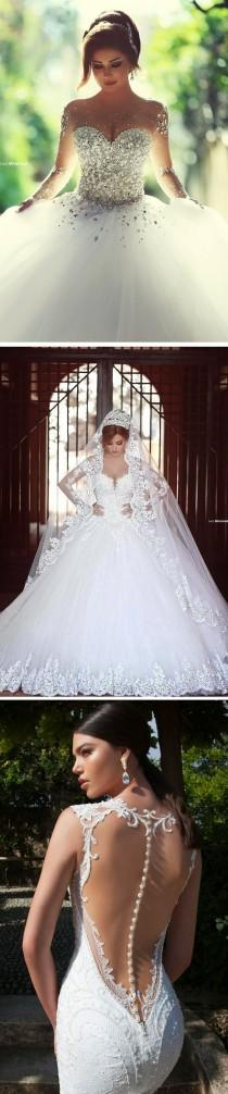 wedding photo - 10 Jaw-Droppingly Beautiful Wedding Dresses To Obsess Over!