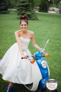 wedding photo - SAMPLE SALE /// Tea Length, sweetheart neckline with bubble hem Wedding gown /// Grace Gown