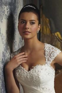 wedding photo - Long Wedding Dress