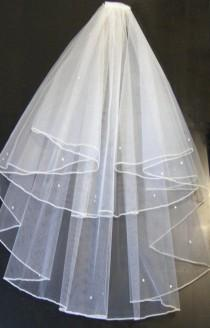 wedding photo - PENCIL EDGE veil, Bridal Veil ,WHITE 2 tier veil,Wedding veil,Communion Veil, Hen night veil.Pencil edge veil  with detachable comb & Loops.