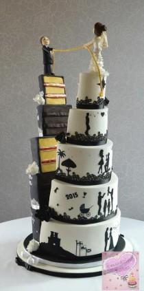 wedding photo - Split Half And Half Wedding Cake