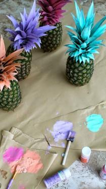 wedding photo - Pretty Painted Pineapples