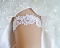 wedding photo - Wedding Garter- White Venise Lace Bridal Garter- White Garter Belt-Wedding Garder