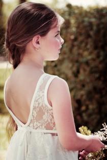 wedding photo - Ivory Lace Wedding Flower Girl Dress