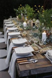 wedding photo - 20 Cool Napkin Ideas for Your Wedding