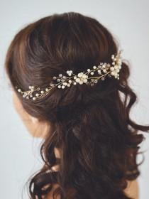 wedding photo - Bridal Hair Wreath