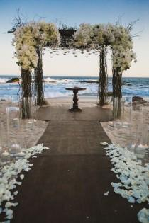 wedding photo - Stunning Beach Wedding Ceremony Ideas