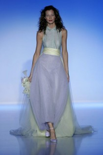 wedding photo - Maria Luisa Rabell - Runway