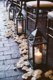 wedding photo - Creative Lanterns For Wedding Aisle