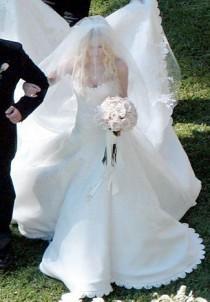 wedding photo - Stars Who Wore Vera Wang Wedding Gowns
