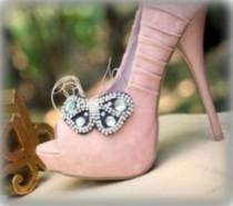wedding photo - Butterfly Shoe Clips Brown / Ivory / White Handmade, Stylish Bride Bridal Bridesmaid, Elegant Stunning Delicate, Spring Rockabilly Couture