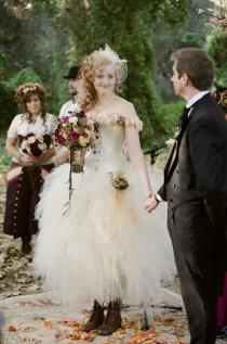 Wedding Ideas - Steampunk - Weddbook