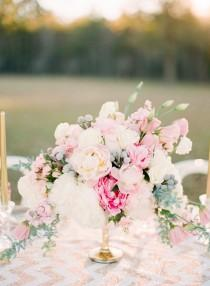 wedding photo - Pink And Gold Wedding Inspiration
