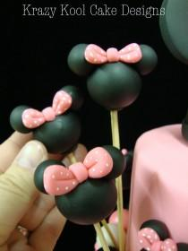 wedding photo - Minnie Mouse Balloon Cake Toppers