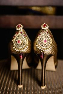 wedding photo - Jeweled Shoe