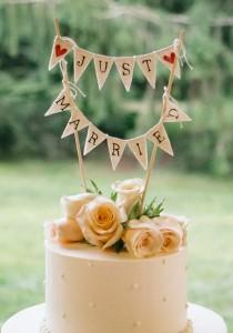 wedding photo - Cute Wedding Cake Topper