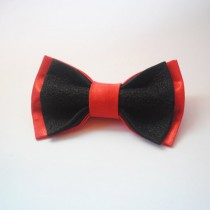 wedding photo - Red&black satin bow tie Hand embroidered bowtie Wedding bowties Classic red and black bowtie Nœud papillon noir et rouge Satin Groom'ss ties