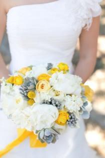 wedding photo - The Vondys.   A Giveaway!