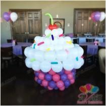 wedding photo - Balloon Sculptures