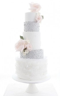 wedding photo - Winter Wedding Cakes
