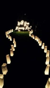 wedding photo - 11 Creative Proposals With Signage