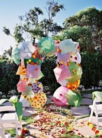 wedding photo - Top 20 Unique Wedding Backdrop Ideas