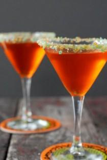 wedding photo - Candy Corn Martini With Pop Rocks Rim