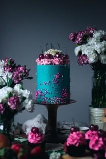 wedding photo - Luxury White Chocolate And Cherry Layer Cake
