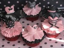 wedding photo - Ballerina Cupcakes!