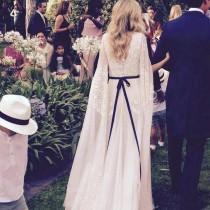 wedding photo - Lace Wedding Gown