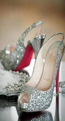wedding photo - Sparkling Wedding Shoe