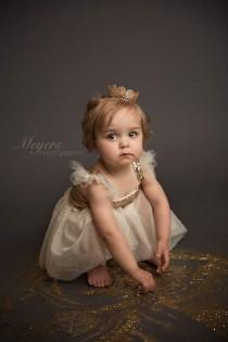 wedding photo - Gold Glitter Flower Girl Dress..Tutu Birthday Outfit. Flower Girl Dress..Flower Girl Tutu Dress..Cream..Gold.Burlap.Rustic Lace Dress