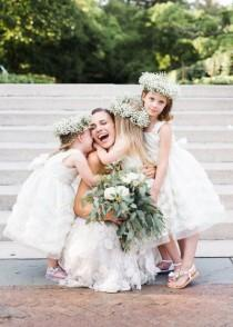 "wedding photo - ""Awww"" Inspiring Flower Girl   Bride Moments"