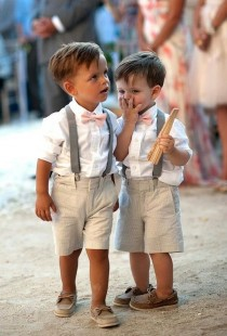 wedding photo - Pinterest Round Up: Flower Girls And Ring Bearers-Snapable