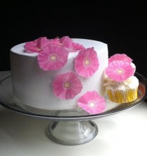 wedding photo - The Original EDIBLE Gerbera Daisies - Pink - Cake & Cupcake Toppers - Food Decoration