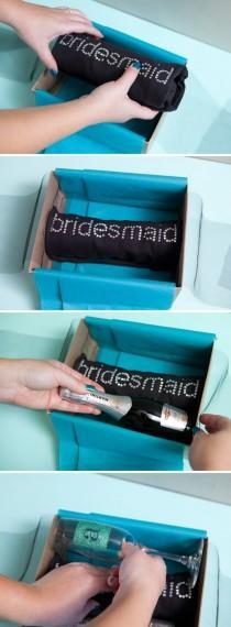 wedding photo - Bridesmaid Idea...cute