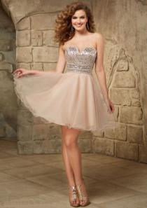 wedding photo - Short Length A-line Strapless Ruched Crystals Zipper Sleeveless Tulle