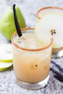 wedding photo - Vanilla Pear Margaritas