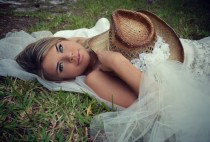 wedding photo - Wedding-cowgirl-bride-western wedding-cake topper-bachelorette-party-cowgirl hat-veil-ivory-bachelorette hat-cowgirl boots-formal-hat