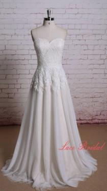 wedding photo - Wedding dress of Sweetheart Neckline Ivory Color Lace with Champange underlay Bridal Gown A-line Wedding Dress with Sweep Train
