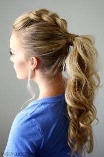wedding photo - Dutch Mohawk Ponytail