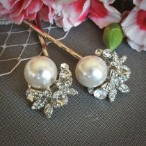 wedding photo - ZARITA, Flower Rhinestone Wedding Hair Pins, Crystal Cluster Bridal Hairpins, White / Ivory Pearl Bridal Hair Accessories, Vintage Inspired