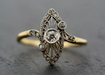 wedding photo - Antique Art Deco Ring - Vintage Diamond Art Deco 18ct Gold & Platinum Ring