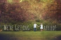 wedding photo - 24 Creative Photo Ideas To Announce Your Engagement