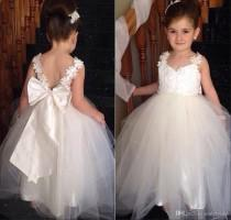 wedding photo - Flower Girl Tutu Dress  2015 Flower Girls Dresses With Straps Sweetheart Wedding Bridal Daughter'S Princess Gowns Little Bride Cheap Flower Girls' Dresses With Bow Short Dresses From Andybridal, $82.73